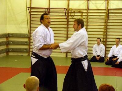 Beliebt Bevorzugt Aikido @RS_06